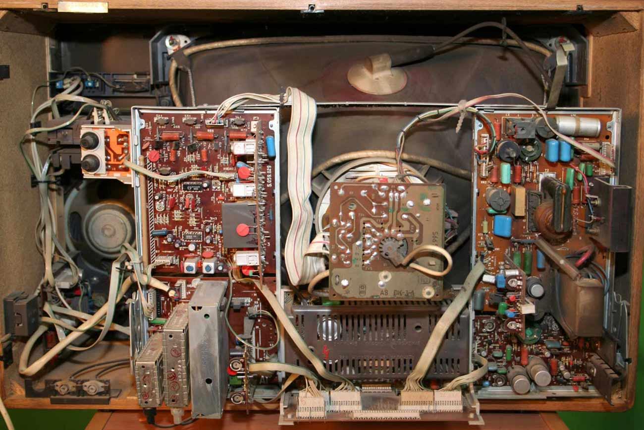 Ремонт телевизоров таурас своими руками 42
